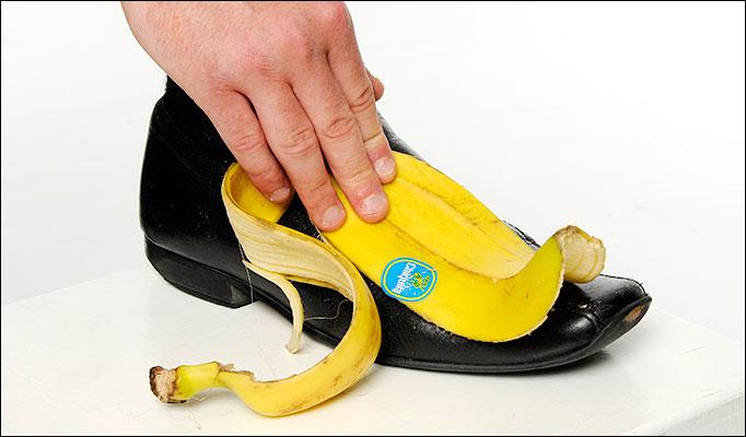 Schoen poetsen met banaan